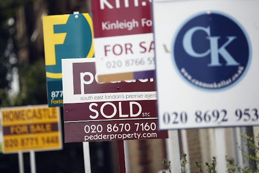London Homeowners Are Desperately Slashing Prices