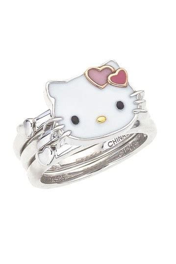 Best 25  Hello Kitty Wedding ideas on Pinterest   Hello