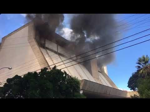 Incêndio de grandes proporções atinge Rio Poty Hotel em Teresina