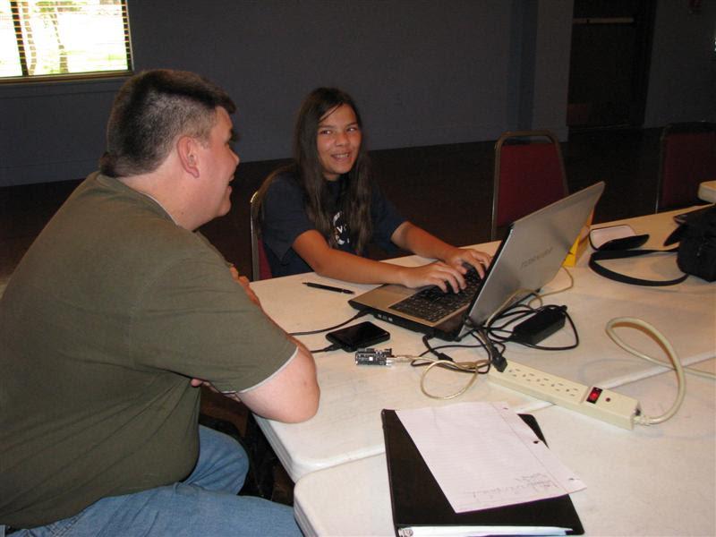 http://www.fincher.org/images/2011-08-22-2130-Arduino1__2_.jpg