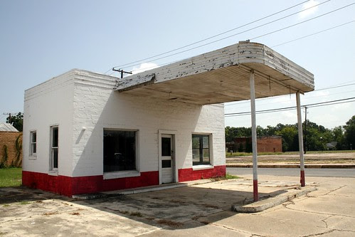 deridder gas station left