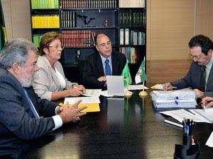 Fernando Bezerra recebeu Rosalba Ciarlini e anunciou repasses para o RN (Foto: Divulgação)