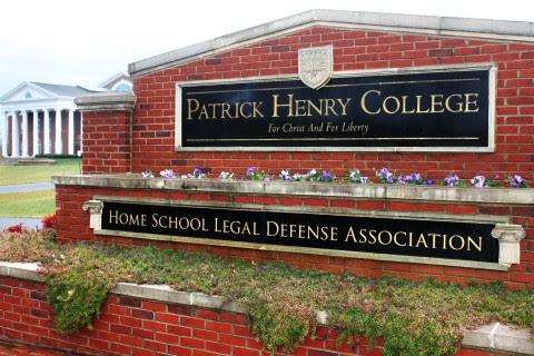 http://www.moonhowlings.net/wp-content/uploads/2012/12/patrick_henry_college_sign_thumb.jpg