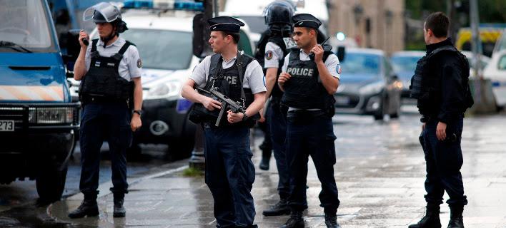 Αποτέλεσμα εικόνας για πυροβολισμοι σε τεμενος στη γαλλια