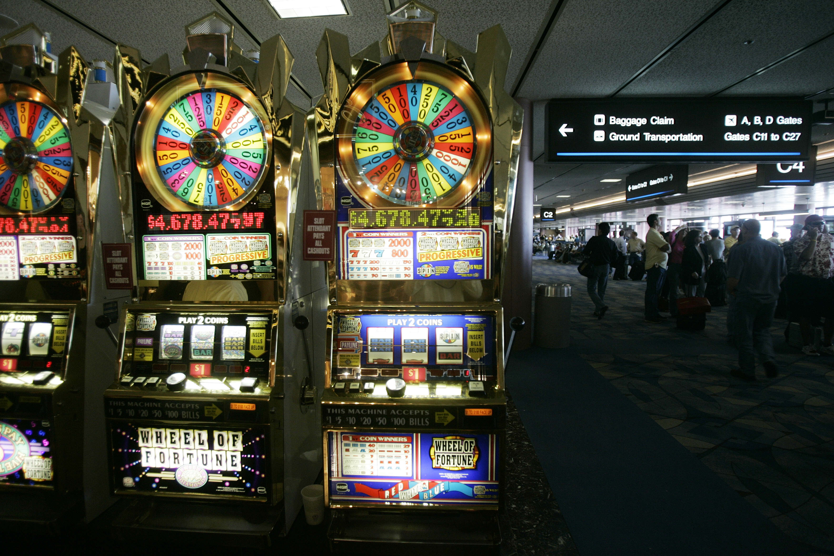 Slot machines vegas airport