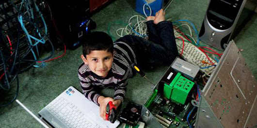 5-Year-Old Becomes Youngest Person Ever Qualified to Install Microsoft Windows | WIRED