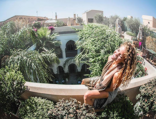 "mindythelion on Twitter: ""Had to pull our luggage by wheelbarrow through the maze that is Marrakech to check in at our next hotel 🙊 such a lu… """