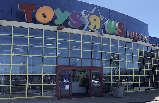 Report: Peninsula may lose its only Toys R Us store