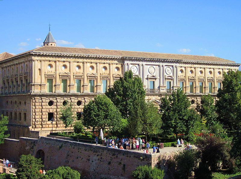 File:Granada-Paleis van Karel V.jpg