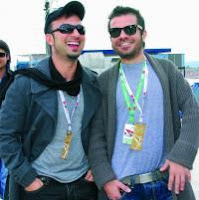 Tarkan and singer friend Kenan Dogulu at the 2008 Turkish F1