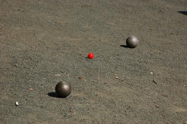 2balls-&-couchon.jpg
