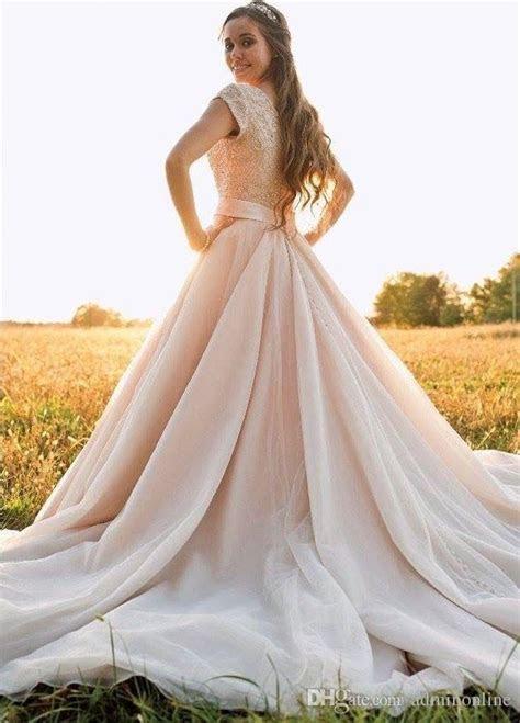 2016 Luxury Wedding Dresses Short Sleeves Crystals Bodice