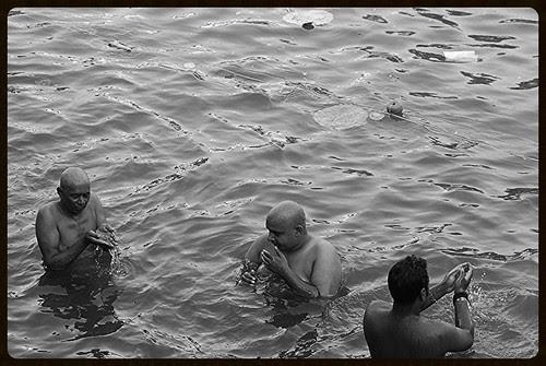 Pitru Paksh by firoze shakir photographerno1