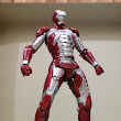 Ngee Khiong Ex: Sci-fi Revoltech Iron Man Mark V Part 3