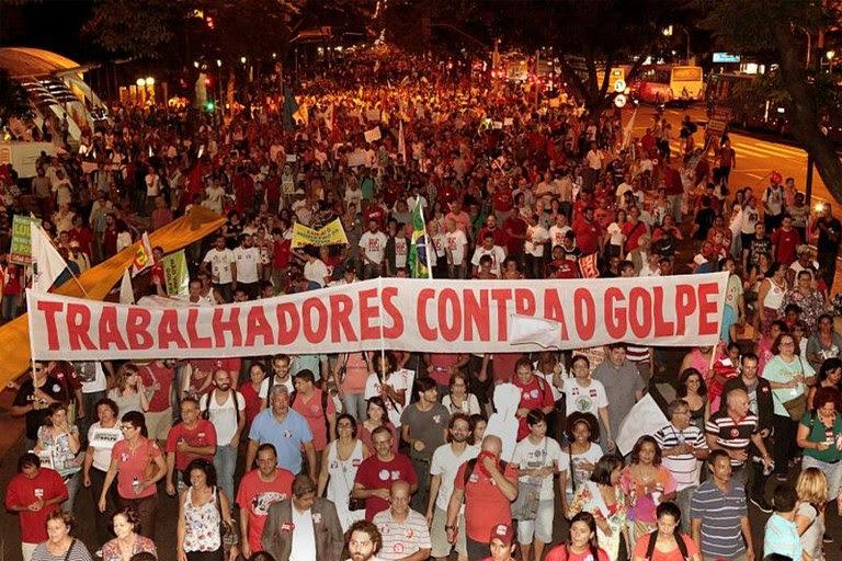 trabalhadores contra o golpe