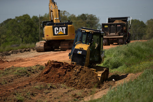 Cat GRADE with 3D brings delivers automated grade control for D3K2, D4K2 and D5K2 dozers