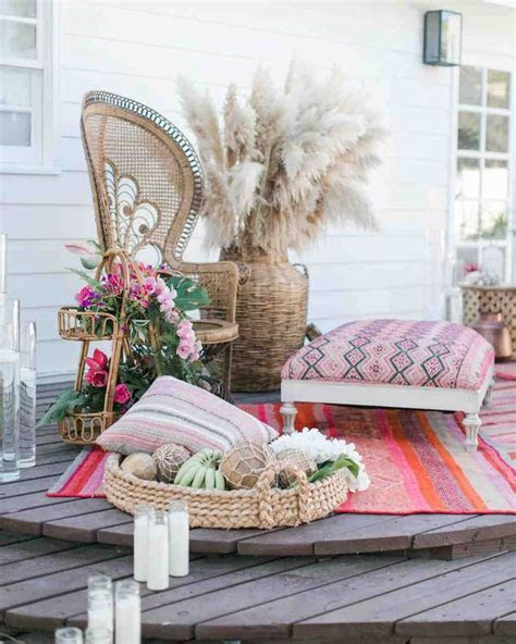 1000  ideas about Cocktail Ottoman on Pinterest   Tufted