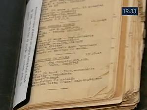 Colecionador guarda relíquias da guerra em Joinville (Foto: Reprodução/RBS TV)
