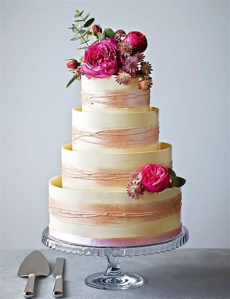 Supermarket Wedding Cakes   Marks and Spencer   CHWV