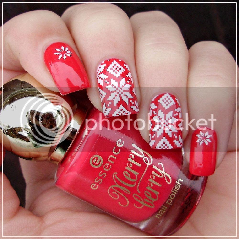 photo matching-manicures-red-nails-2_zpsmybpqhrh.jpg