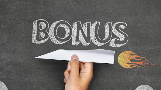 As the Job Market Heats Up, Consider These Bonuses to Keep Employees Happy
