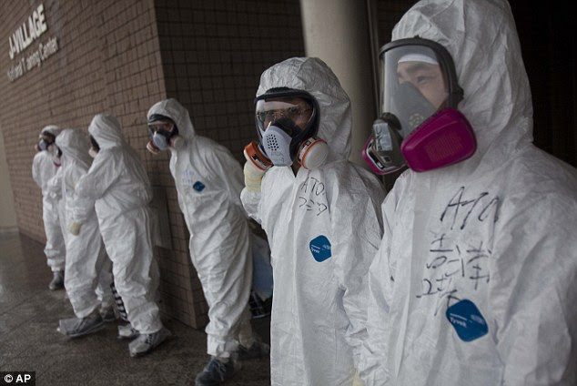 'Fog of information': U.S. experts said they were not getting accurate details of the scope of the Fukushima disaster after reactors melted down last year