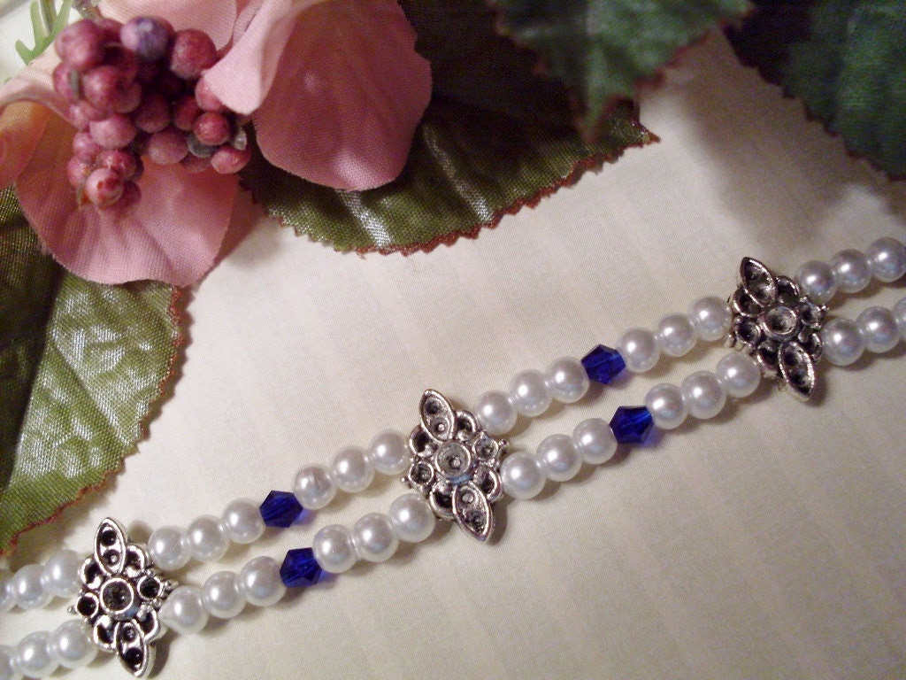 Double-strand pearl Bracelet with Blue Crystals