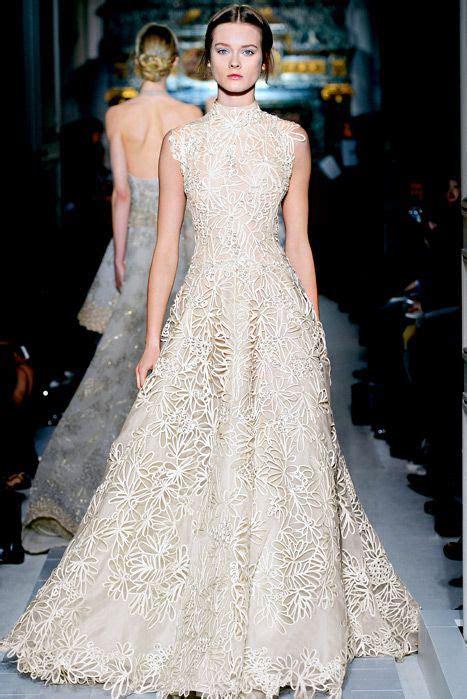 25 Turtleneck Wedding Dresses For Modern Brides   crazyforus