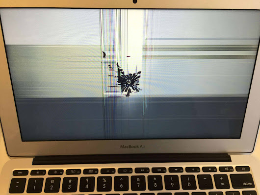 MacBook Air with backlight blemish after repair - Mac Screen Repair