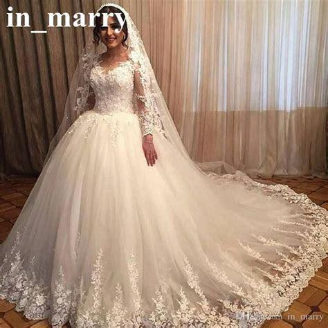 Romantic Victorian 3D Floral Wedding Dresses 2017 Ball