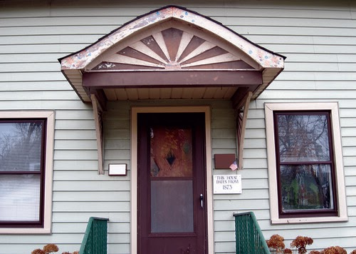 Eastlake Victorian: Painted Fan Awning