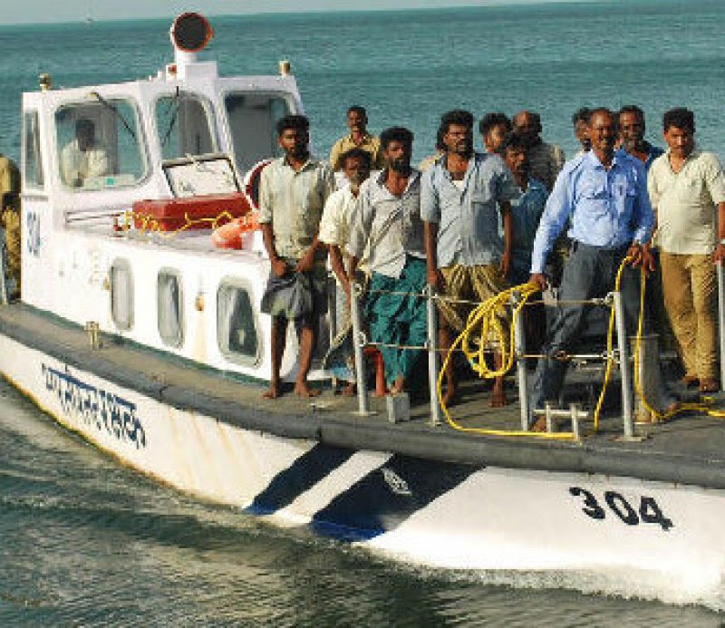 Twelve Tamil Nadu fishermen apprehended by SL Navy