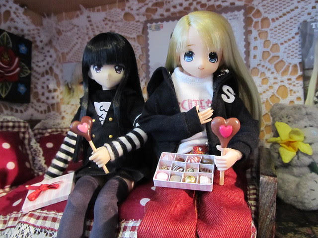 Happy V'day Rin & Ai-chan...