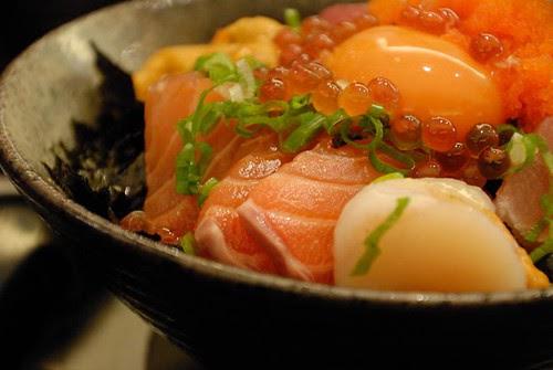 金泰海鮮蓋飯 - 生魚片