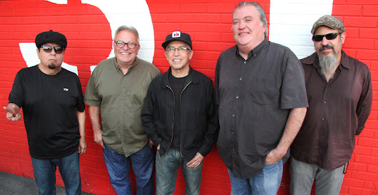 Los Lobos: The Wolf is Thriving - Best Classic Bands