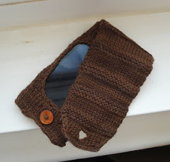 Seamless iPod case design, knit entirely on DPNS