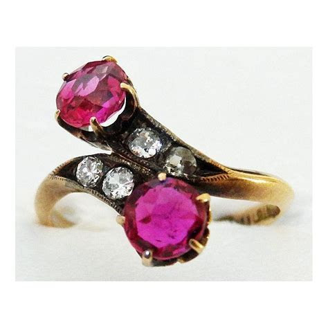 Antique Victorian Ring Ruby Diamond Crossover set in 18K Gold