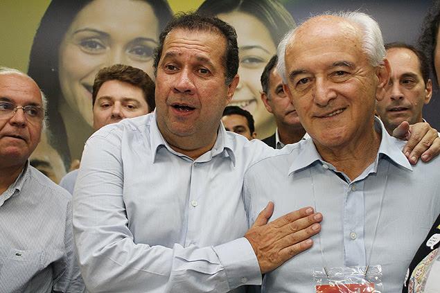 Presidente do PDT, Carlos Lupi, e ministro Manoel Dias (Trabalho) na convenção do partido em Luziânzia (GO)