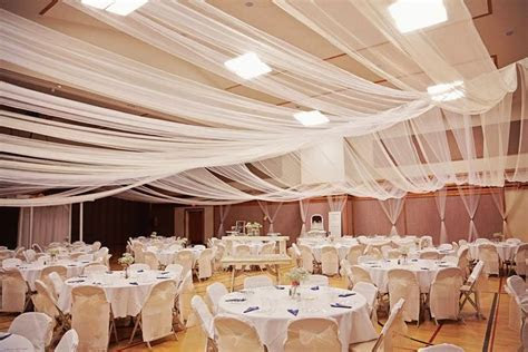 how to decorate a gym for a wedding   My Dream Wedding
