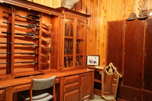 Work Home Complete Wall Hanging Gun Rack Plans