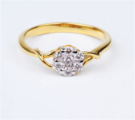 Pictures of Cheap Engagement Rings [Slideshow]