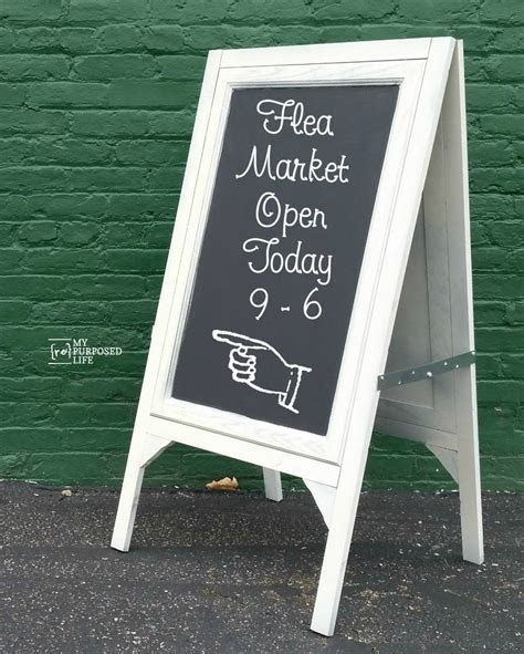 25  unique Chalkboard easel ideas on Pinterest   Cheap