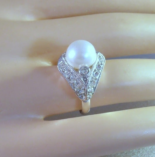 Eisenberg Ice Rhinestone Ring Pearl Center by LynnHislopJewels