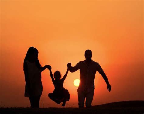 contoh puisi ibu terbaik  berbagai tema rekomended
