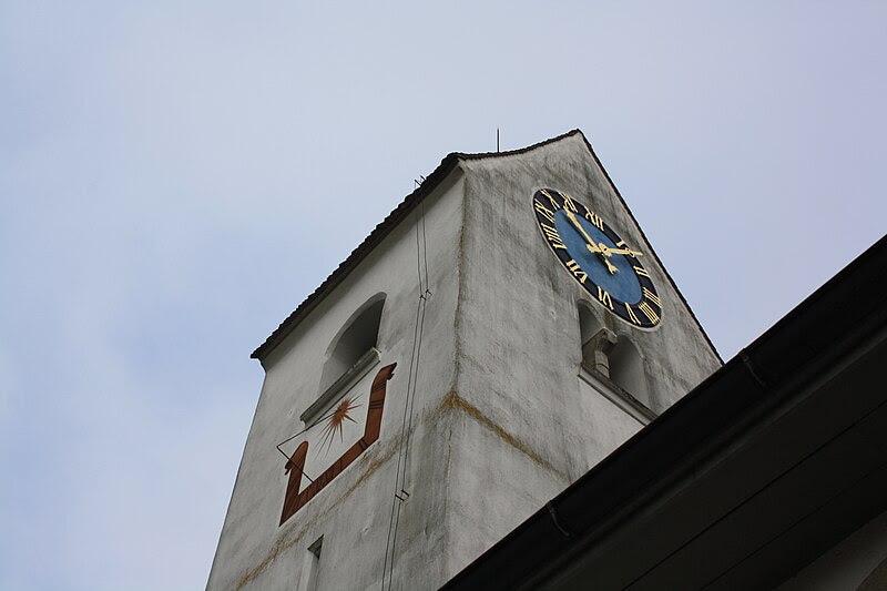 File:Ammerswil Kirchturm 154.jpg