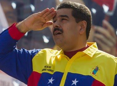 Maduro anuncia aumento de 50% no salário mínimo venezuelano