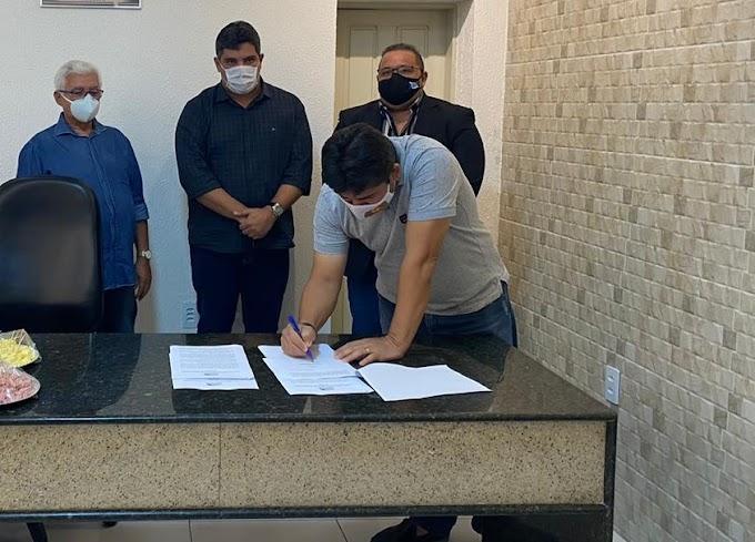 Apenas Cinco prefeitos do Mato Grande assinam Carta Aberta a governadora reivindicando instalação de UTIs no Hospital Regional