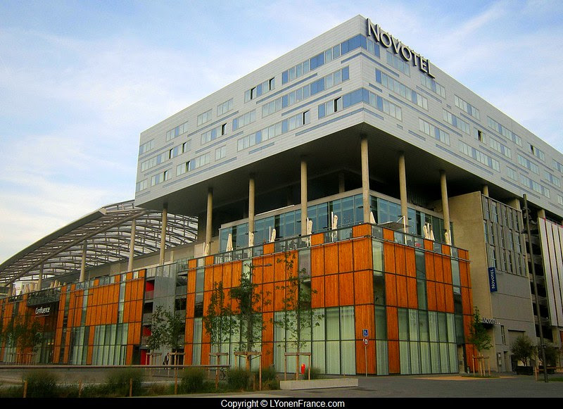 Lyon+Confluence+Novotel