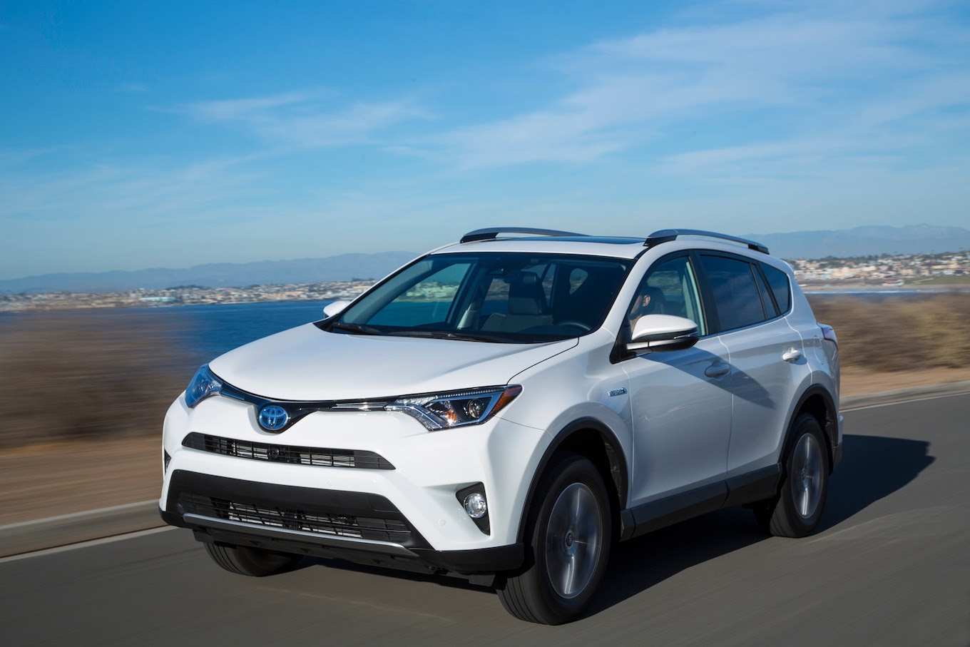 RAV4 vs. CRV: 6 Reasons to Go Toyota and 6 More to Get the Honda