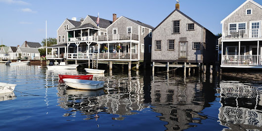 50 Signs You Go to Nantucket